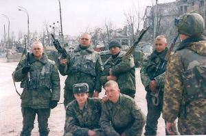 Russia troops on campaign against 'terrorists' in Grozny, Spring 2000 ©James Rodgers
