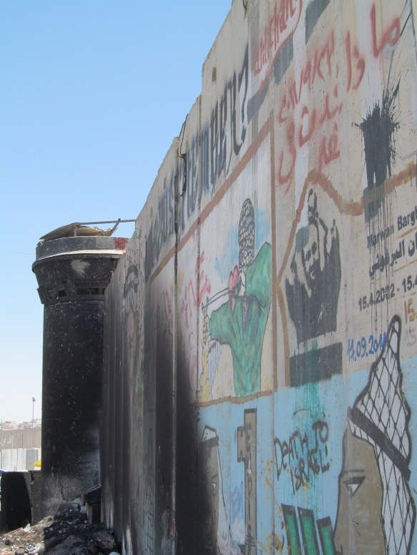 Fortifications near Qalandia check point between the West Bank and Jerusalem, June 2014 ©James Rodgers