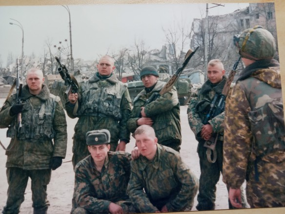 Soldiers.Grozny.March2000